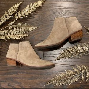 Sam Edelman | Suede Tan Ankle Boot Booties